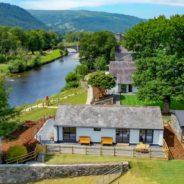 Llanrwst welcomes launch of new holiday lodge park 'Rwst'